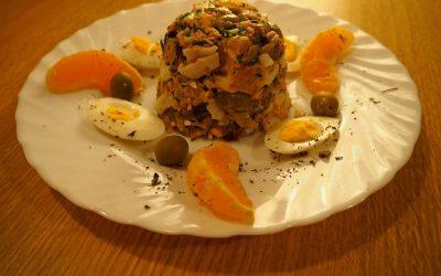 Ensalada de atún y naranjas