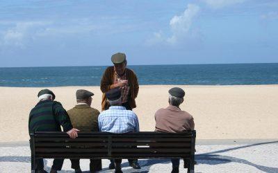 Las buenas amistades contribuyen a reducir el riesgo de demencia senil.